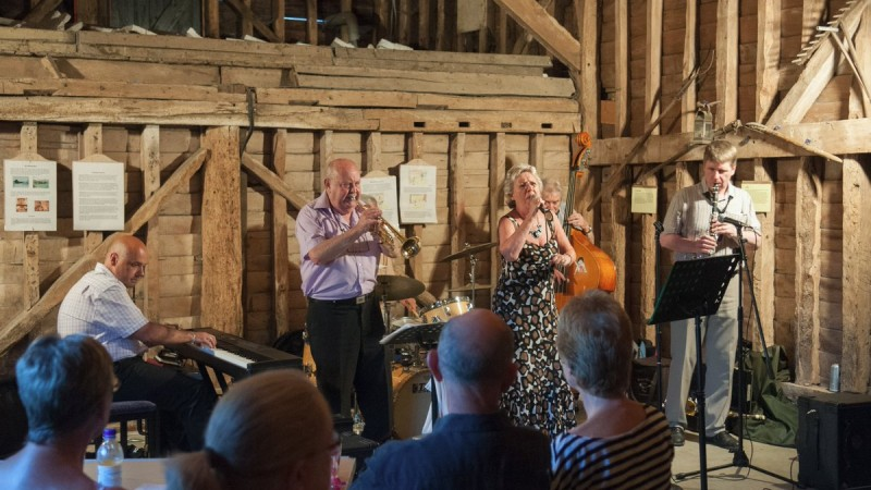 jazz in the barn